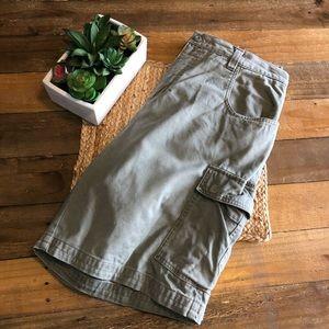 Columbia Cargo Shorts Size 34